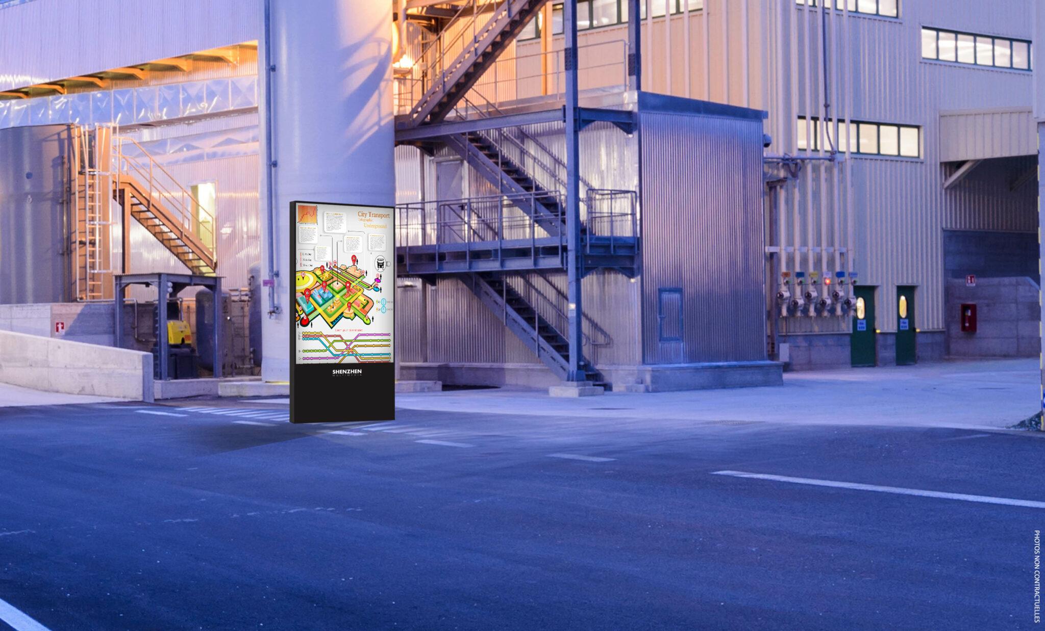 Ce moniteur professionnel d'écran géant à LED grand format, peut être utilisé pour les zones de transport, notamment devant les entrées des usines.