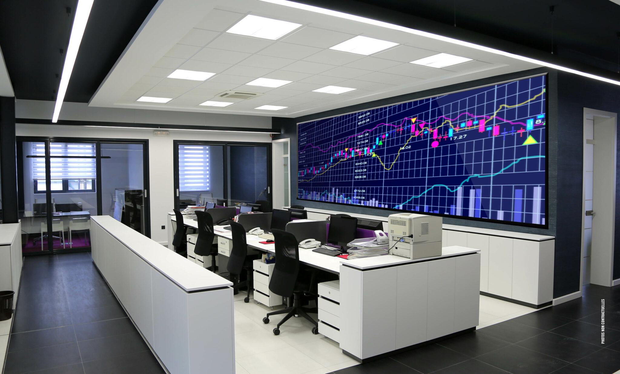 Les dalles pour mur d'images, affichage LED bénéficient d'une ergonomie entièrement pensée pour faciliter l'intégration dans tout type de support avec un minimum d'infrastructure.
