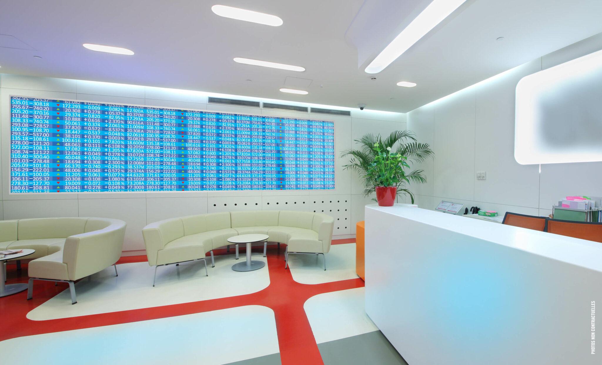 Les dalles LED SMD haute définition, extra slim, légères et ultra lumineuses sont parfaites et s'intègrent dans tous secteurs confondus.