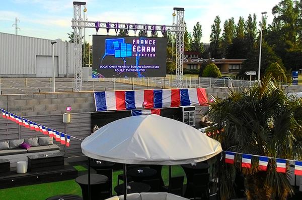 France Ecran Location est le loueur officiel d'écrans à LED partout en France