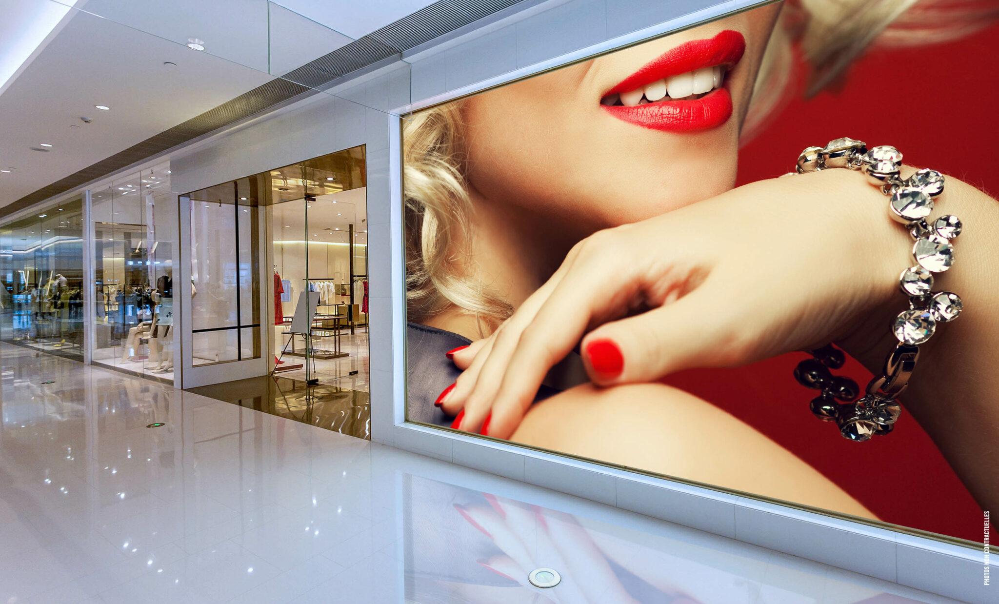 écran LED affichage dynamique galerie centre commercial