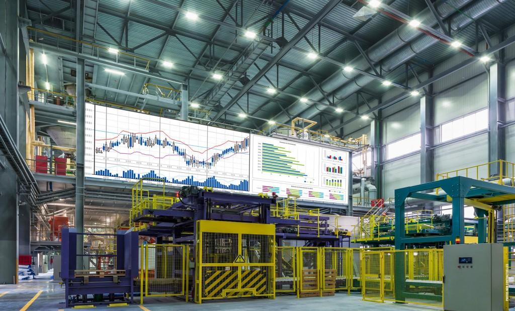 tableau de bord usine sur écran géant