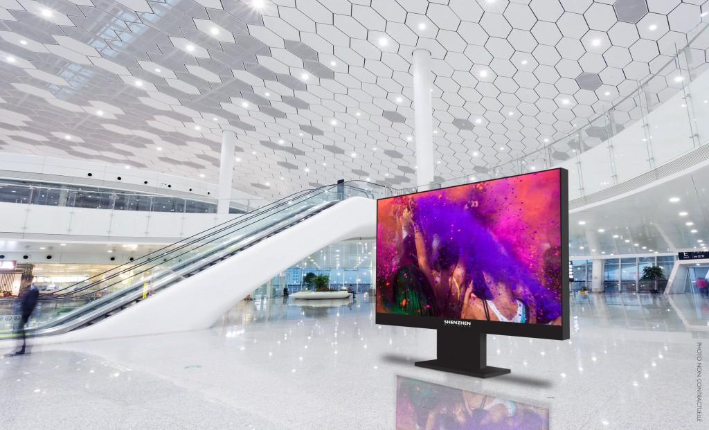 publicité affichage dynamique pour hall de gare