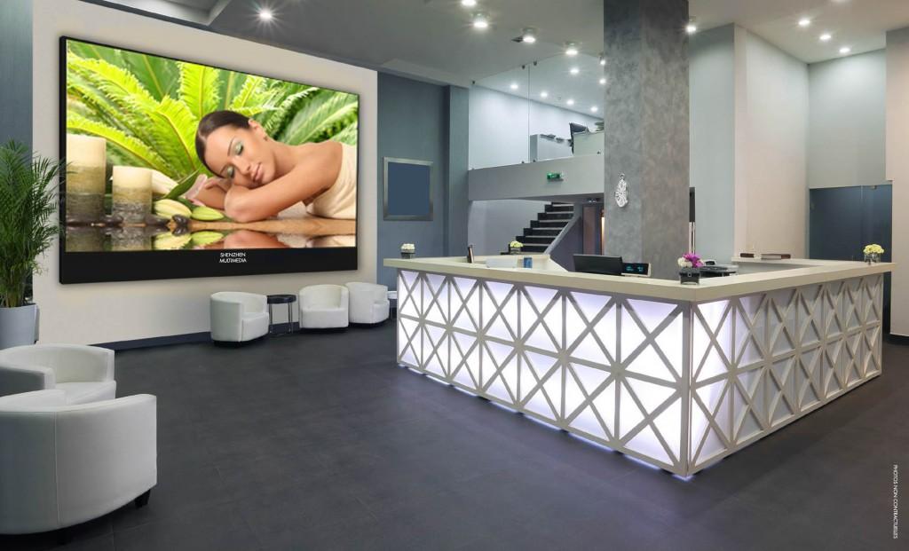 Habillez vos halls d'hôtels grâce à nos moniteurs professionnels ! Hôtellerie & Restauration